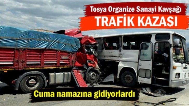 Kastamonu Tosya'da trafik kazası: 27 yaralı