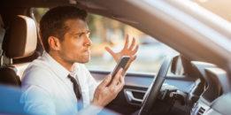 Araç Kullanırken Cep Telefonuyla Konuşmanın Cezası Ne Kadar?